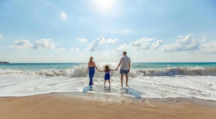strand familie vakantie